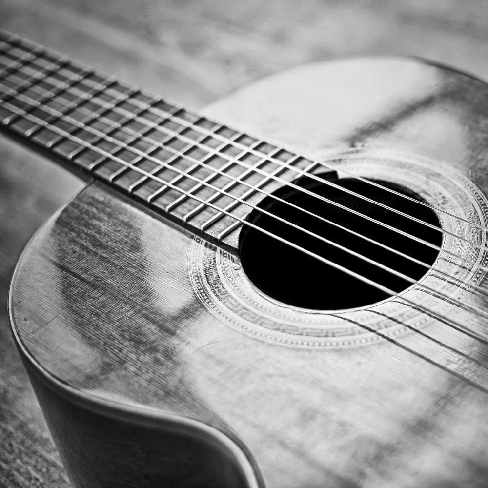Gitarrenunterricht: Gitarre - Ausschnitt einer Konzertgitarre